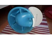 Bumbo seat with tray VGC