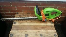 Challenge, hedge trimmer