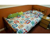 2 x Single Bed