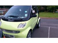 2002 Smart Car excellent condition yellow and black face off stereo with bluetooth and usb mot 12.16