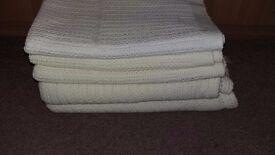 Five cellular blankets