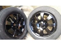 15 inch Vauxhall Alloys with excellent condition tyres 4 stud 4 × 100. Corsa Astra ( 4stud )