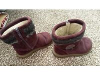 Girls boots size 6G