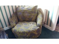 large green easy swivel chair/ seat
