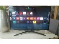 "32"" Samsung Smart TV with box"
