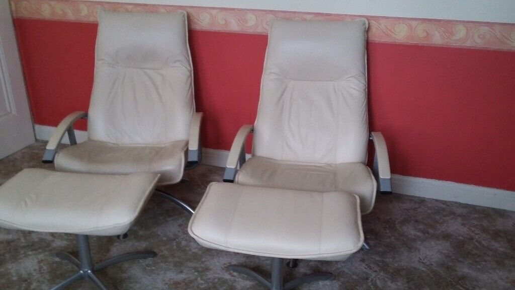 Awe Inspiring 2 X Modern Reclining Real Leather Chairs And Footstools By Kebe Denmark In Romford London Gumtree Theyellowbook Wood Chair Design Ideas Theyellowbookinfo