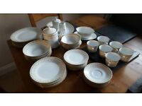 Noritake Sonia - Fine Bone China - Collectors Set, in excellent condition,