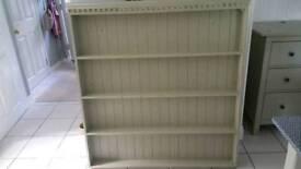 Plate rack / dresser top