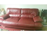 3 seater sofa superb burgundy wine leather immaculate condition .. only 1 years old