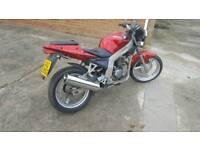 Daelim roadwin 125 cc motorbike swap or sell
