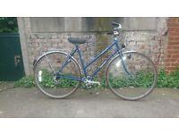 Women's vintage Dawes ( Reynolds 531 frame/forks ) town bike