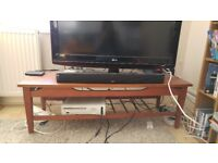 Good Condition Coffee Table/ TV Stand
