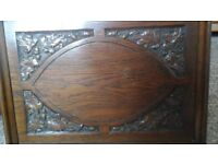 OAK CARVED WOODEN TRAY PATTERNED WITH OAK LEAVES