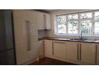 Beautiful cream kitchen for sale £900