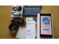SONY XPERIA XZ1 UNLOCKED 64GB Water-resistant 19MP RRP £599 + BUNDLE