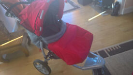 Excellent pram-pushchair fully foldable