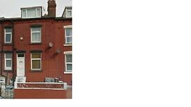 a 2 bed mid terrace house located in holbeck leeds