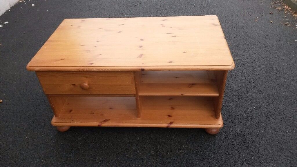 Pine Storage unit with one drawer/shelves