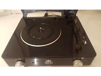 Black GPO vinyl record player.