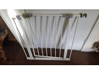 Baby gate for sale (parts missing)