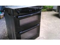 Modern classic black oven. Integrated Full working order.