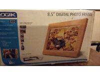"8.5"" Digital Photo Frame unused, perfect condition"