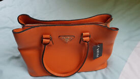 BRAND NEW LADIES HAND BAG, NEVER BEEN USED.