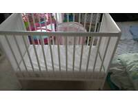 Mamia cot unused, bought new £25