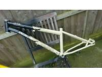 """Stunning original Specialized P1 chromo jump frame for 24"""" inch very rare in this condition"""