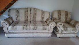 Sofa and 2 Armchairs set