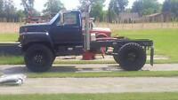 1987 Ford F700 4x4 Great Shape