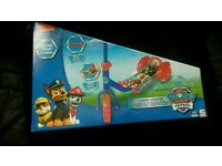 Paw patrol three wheel scooter Age 2-5 Brand new in box