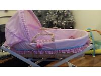 Hello kitty moses basket plus stand
