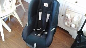 Britax car seat only used for grandchildren, good condition