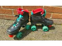 Hi for sale Roller derby 409 skates in good condition size 4!can deliver or post Thank you