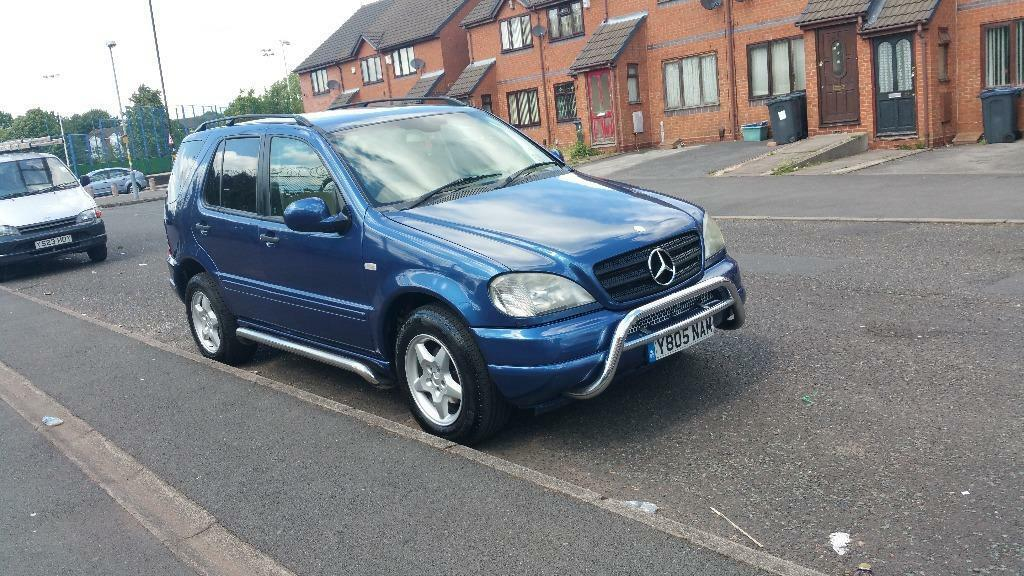 Mercedes benz ml 270 cbi 7 seater in small heath west for Mercedes benz 2 seater
