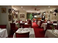 Waiter/Waitress 18+ reqd for Luton Italian restaurant. Mon- Sat eves from 6pm . CALL 01582 481986