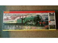 Hornby Flying Scotsman Train Set plus Extra Track Caridges