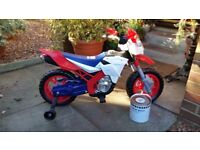 KIDS ELECTRIC 6V BIKE AS NEW + CHARGER +STABILISERS £75