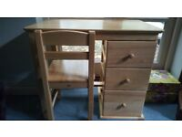 Pintoy Childs Desk