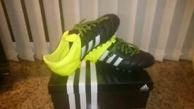 Boys Adidas Ace 15.1 football ⚽ boots size UK 4.
