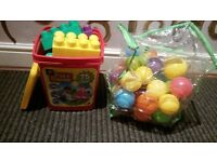 kids fun bricks and kids balls excellent condition