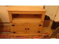 Wooden cupboard / tv stand / cabinet - Roath