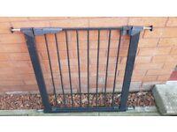 Black friction fit safety gate