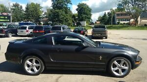 2007 Ford Mustang V6, Manual, Pony Package, Spoiler, 2 Sets of R Cambridge Kitchener Area image 5