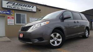 2012 Toyota Sienna LE-DUAL AIR/HEAT-ALLOY WHEELS-CLEAN