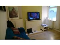****Lovely double room available in ***Cardiff Bay House***