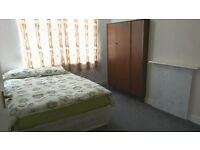Large double room and single room to rent in very clean house