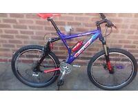 Gt lts mountain bike