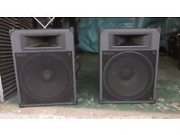 TOA.SL150 speakers in very good condition no scrathes or scuffs.